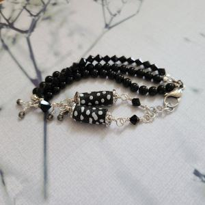 Black and White African bead bracelet