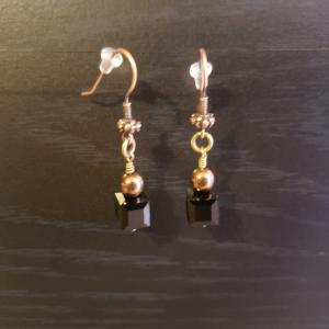 Black Square Swarovski earrings