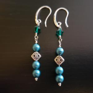 Celtic Emerald Green Earrings