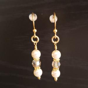 Cream bead with Swarovski crystals Earrings