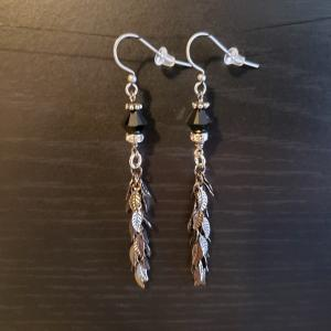 Dangling Leaves Earrings