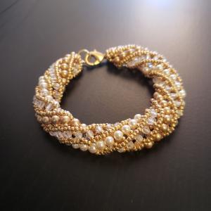 Gold Spiral beaded bracelet
