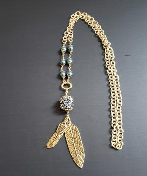 Tahitian Feathers necklace